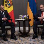 Премьер-министр Армении совершит визит в Молдову