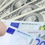 Курс валют: евро подорожает, а доллар сохранит позицию