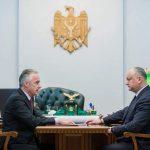 Президент поручил министру обороны взять под личный контроль соцзащиту ветеранов (ФОТО, ВИДЕО)