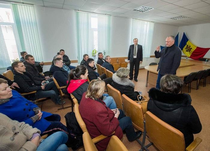 Додон встретился с руководством коммуны Бобейка Хынчештского района (ФОТО, ВИДЕО)