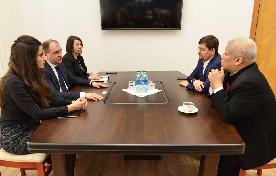 Ион Чебан встретился с послом Индонезии в Молдове Мухаммадом Амхаром Азетом