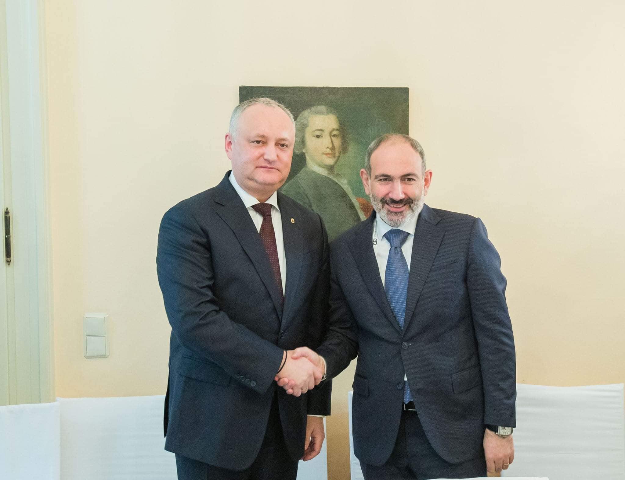 Делегация Парламента РМ совершит визит в Ереван, а премьер Армении посетит Молдову (ФОТО)