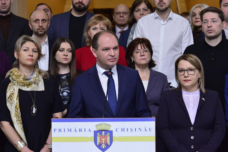 Чебан: Законное строительство в Кишиневе не остановлено, с незаконным борьба продолжается