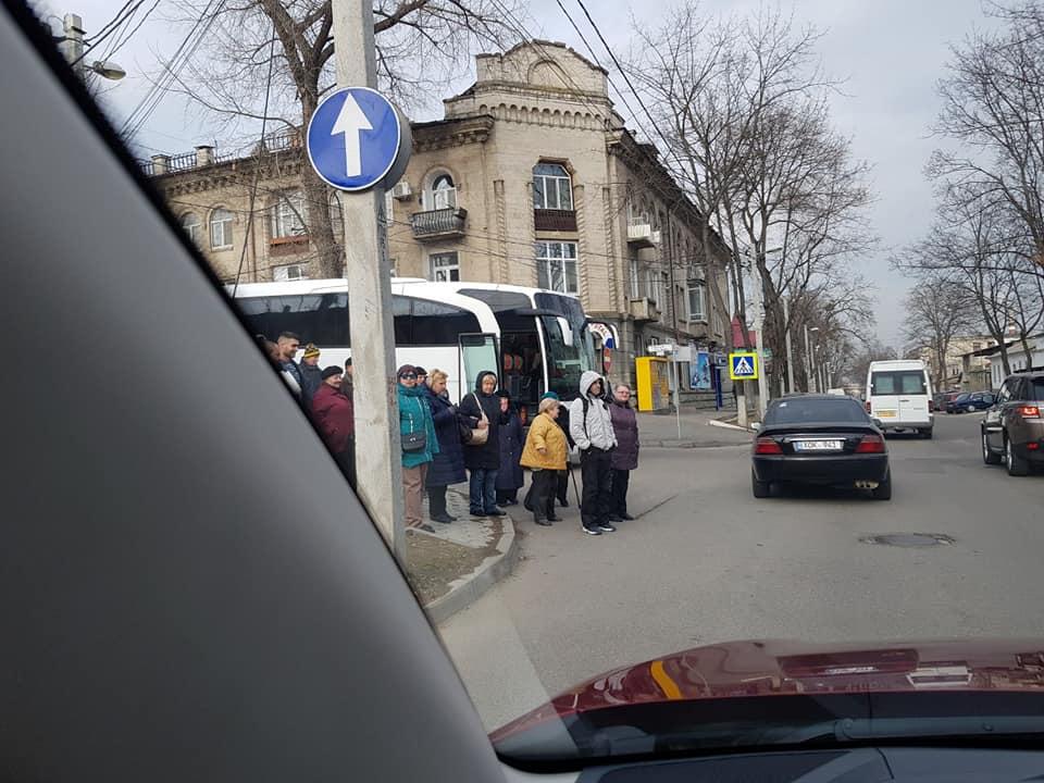 """Новак представил доказательства подвоза граждан на заказной """"митинг"""" Шора (ФОТО, ВИДЕО)"""