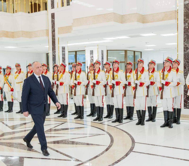 Президент принял верительные грамоты от послов пяти стран (ФОТО)