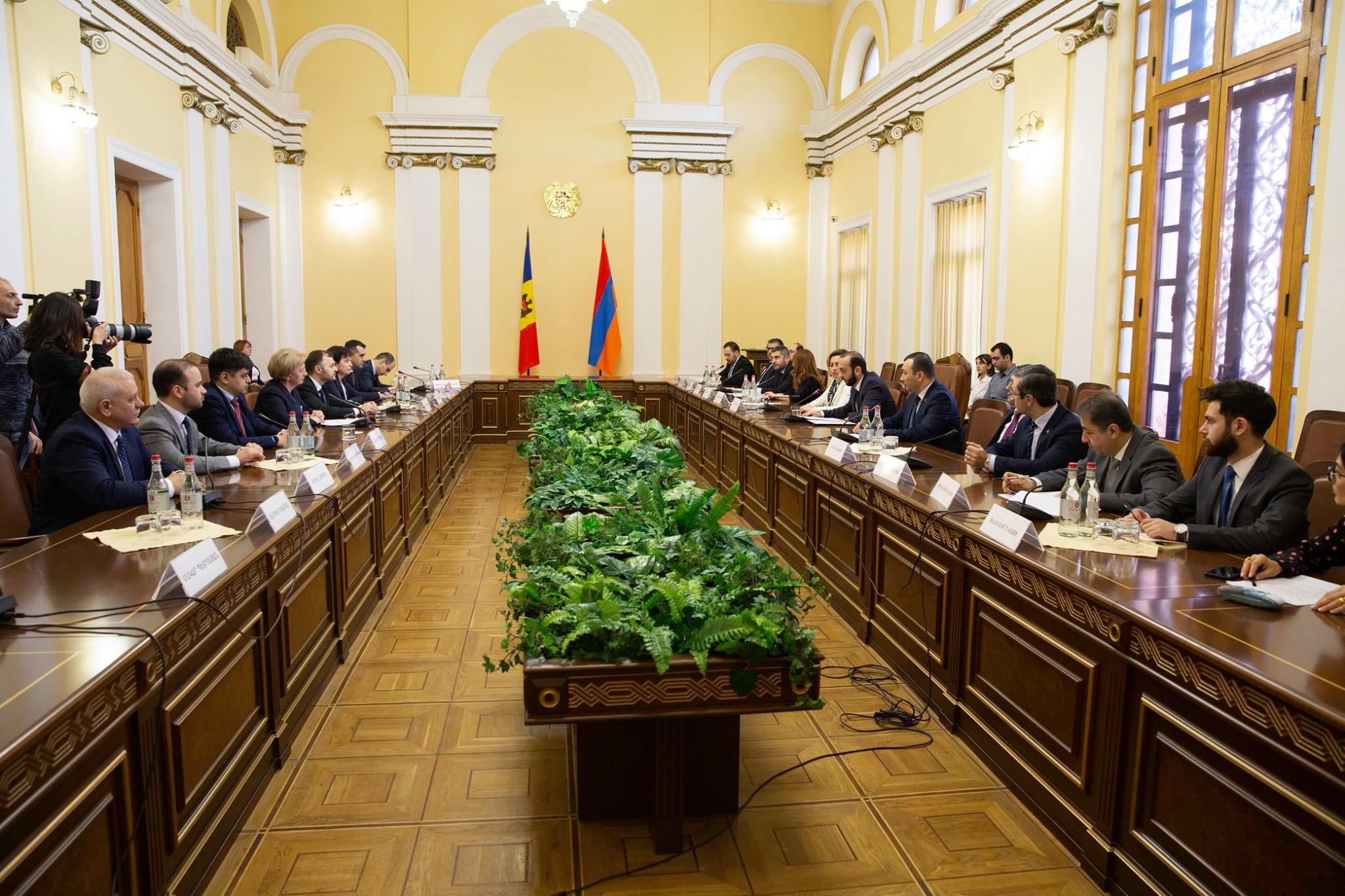 Группа дружбы с Молдовой Национального собрания Армении приглашена с визитом в Кишинев (ФОТО)