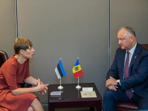 Додон поздравил президента Эстонии с Днем независимости этой страны