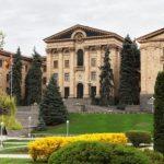 Спикер совершает официальный визит в Армению
