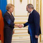 Гречаный встретилась с Пашиняном (ФОТО)
