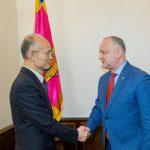 Президент провел встречу с послом Китая в Молдове (ФОТО)