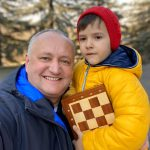 «Папа - на работу, Николай - в детский сад»: президент опубликовал фото с младшим сыном