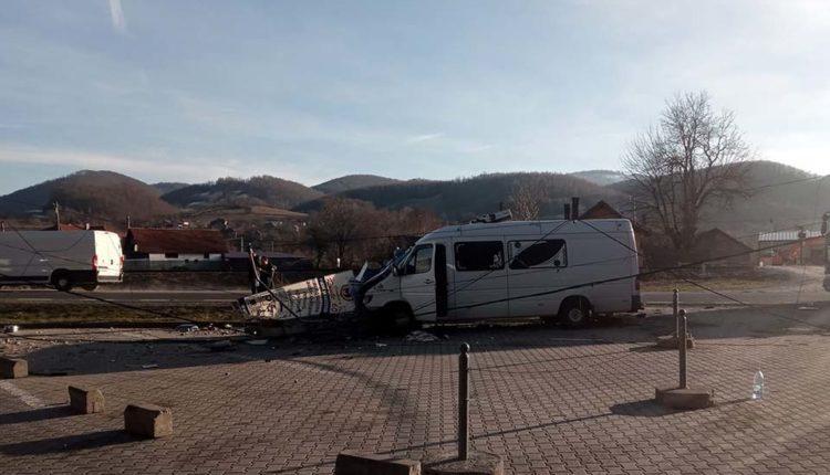 Микроавтобус с молдавскими номерами попал в аварию в Румынии