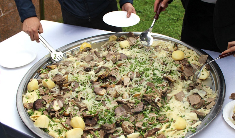Вкусная еда в Алматы – какие национальные блюда стоит попробовать