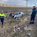 (ОБНОВЛЕНО) Поезд протаранил машину в Новых Аненах: один человек погиб (ФОТО)