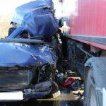 Микроавтобус с гражданами Молдовы врезался в фуру в Венгрии: два человека погибли
