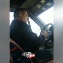Маршрутчики продолжают подвергать опасности жизнь пассажиров: одного из нарушителей сняли на камеру (ВИДЕО)