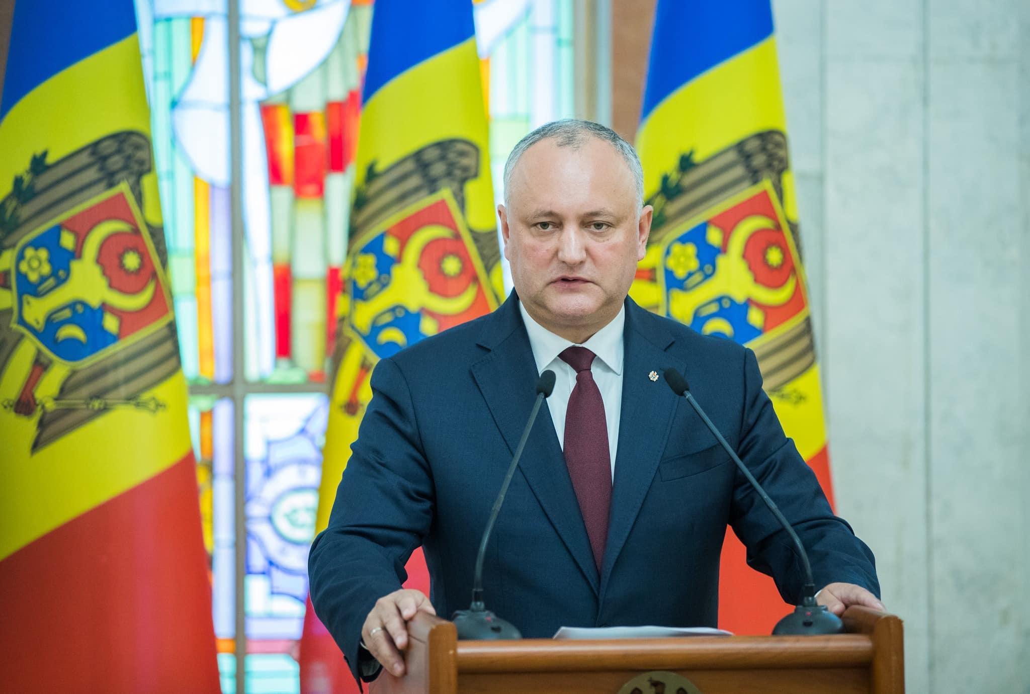 Опрос: Эксперты уверены в победе Игоря Додона на президентских выборах