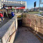 Столичные власти приступили к демонтажу очередной незаконной торговой точки (ФОТО)