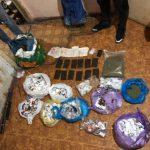 В Молдове задержаны несколько членов наркогруппировки: изъято более 4 кг гашиша (ФОТО, ВИДЕО)