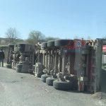 На трассе в Тараклии опрокинулся грузовик