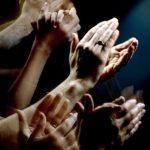 Флешмоб в столице: кишиневцы с балконов аплодисментами поблагодарили врачей (ВИДЕО)
