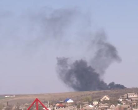 Повсюду дым: в Комрате потушили загоревшуюся свалку (ВИДЕО)