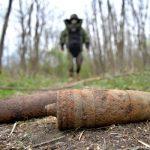 Сапёры нашли целый арсенал боеприпасов в лесу села Бэлцаць, где накануне подорвались двое подростков (ФОТО, ВИДЕО)