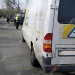 В Тирасполе микроавтобус сбил ребёнка, который выехал на самокате на проезжую часть