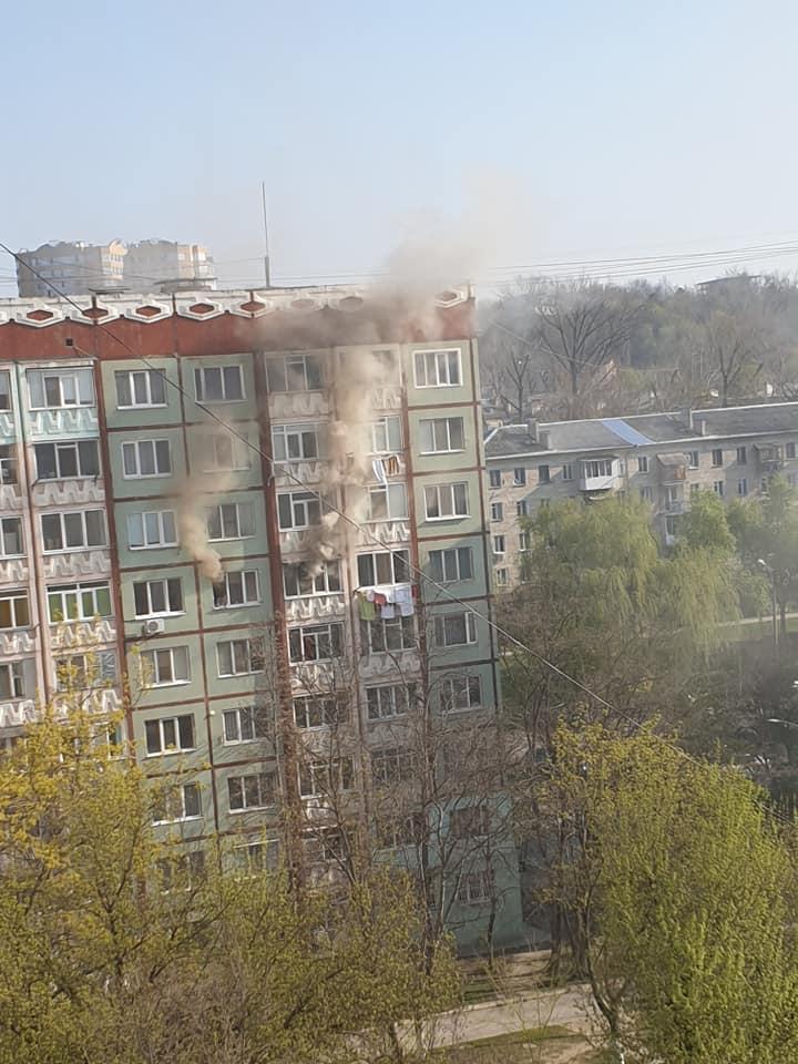 В одной из квартир на Рышкановке вспыхнул пожар