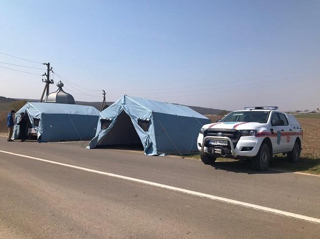 Более 160 служащих МВД и Нацармии обеспечивают безопасность в 6 населённых пунктах, находящихся на карантине (ФОТО)
