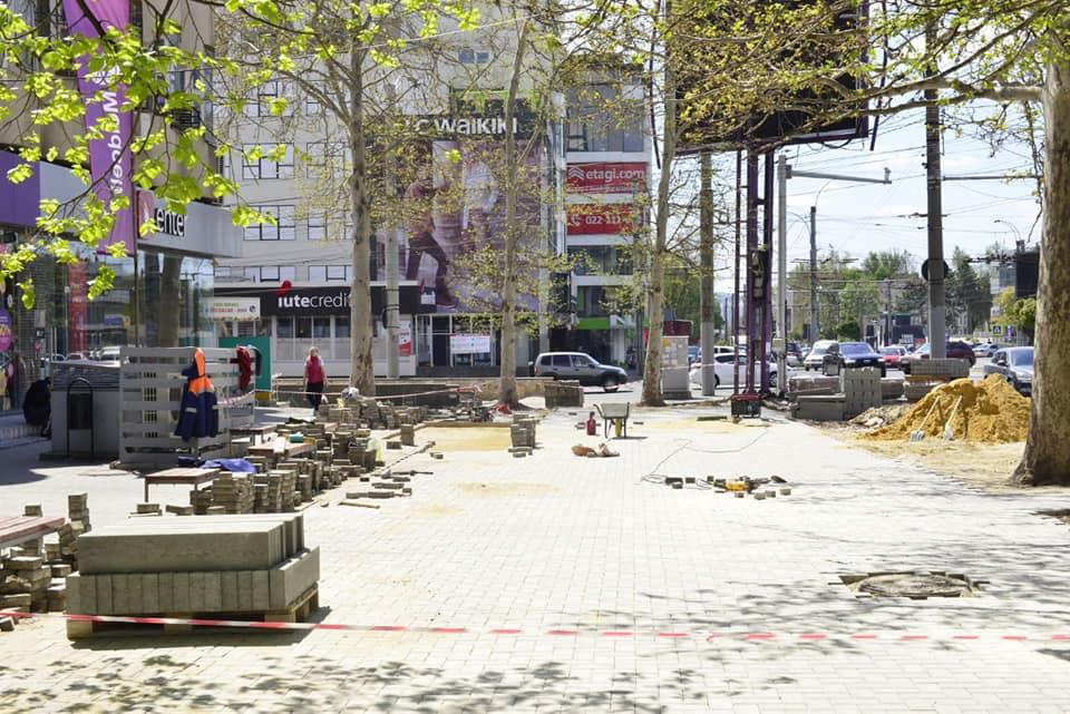 Тротуары на Московском проспекте впервые отремонтируют «от и до» (ФОТО)