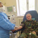Переболевший коронавирусом военнослужащий Нацармии стал донором плазмы