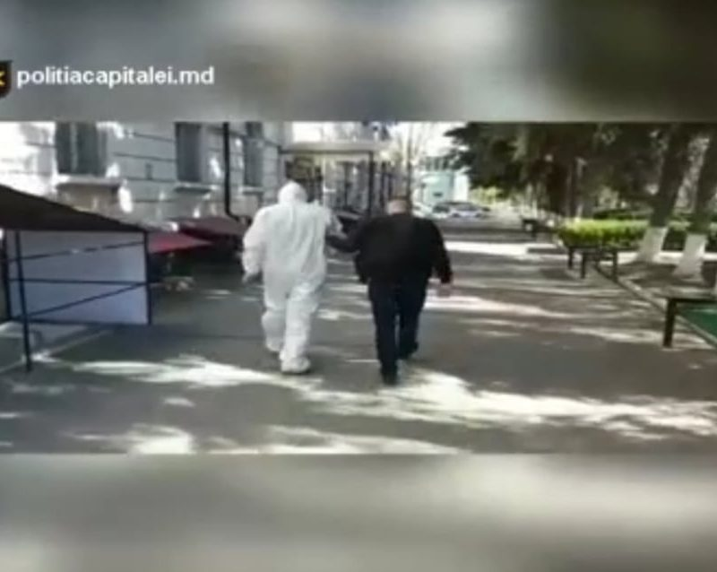 Рецидивист украл велосипед из подъезда дома на Буюканах (ВИДЕО)