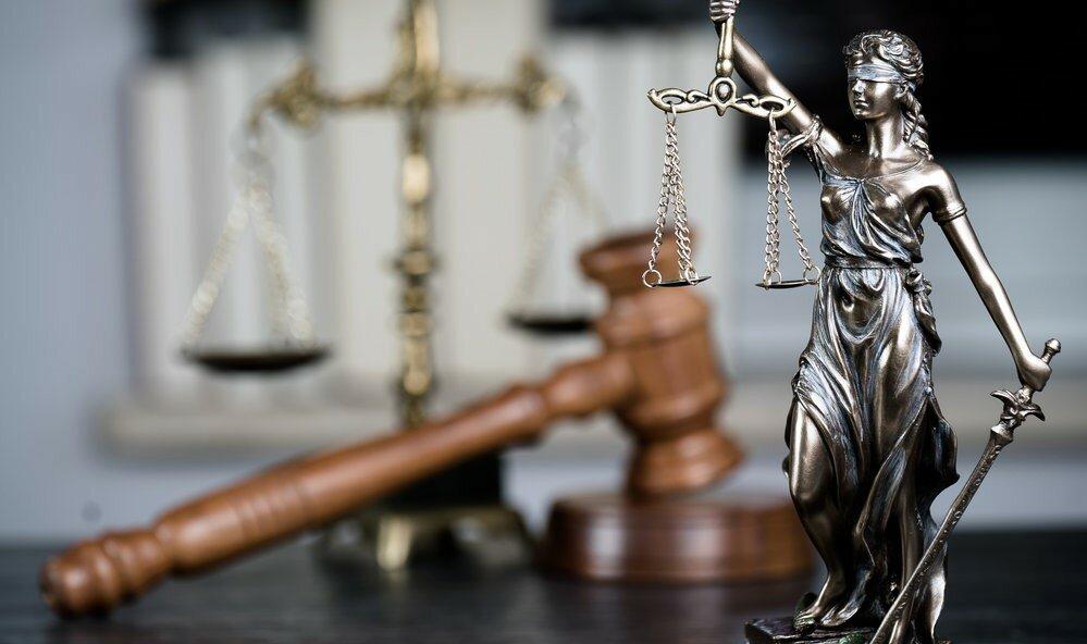 Скрывалась 9 лет: обманувшая пенсионерку мошенница предстанет перед судом