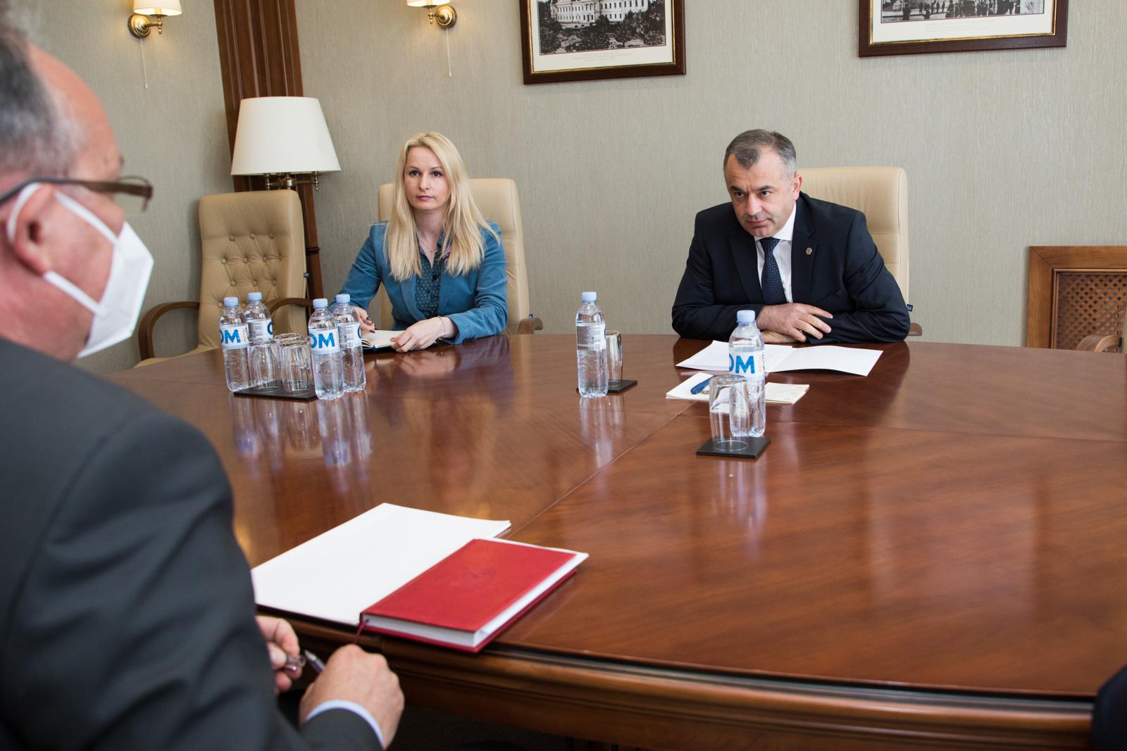 Кику – послу Румынии: Отношения между нашими странами должны строиться на взаимном уважении. Вмешательство во внутренние дела недопустимо