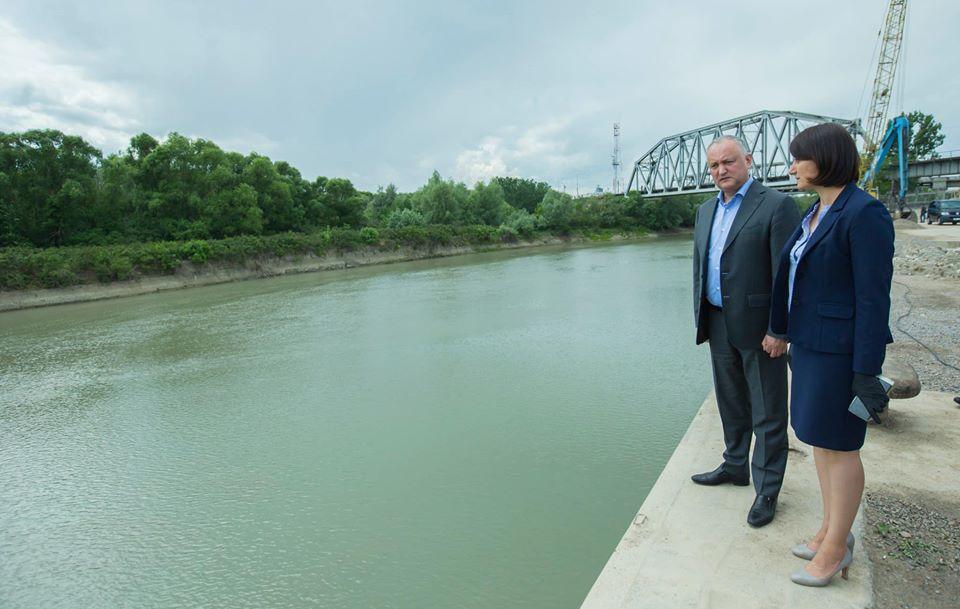 Президент пообещал оказать необходимую поддержку для развития порта Джурджулешть (ФОТО, ВИДЕО)