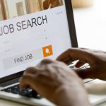 В апреле более 10 тысяч человек получили статус безработного