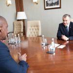 Премьер провел встречу с послом США