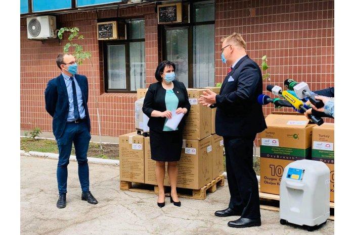 Польша передала Молдове партию кислородных аппаратов для борьбы с коронавирусом