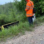 (ОБНОВЛЕНО) ДТП в Кишинёве: грузовик провалился в овраг (ФОТО)