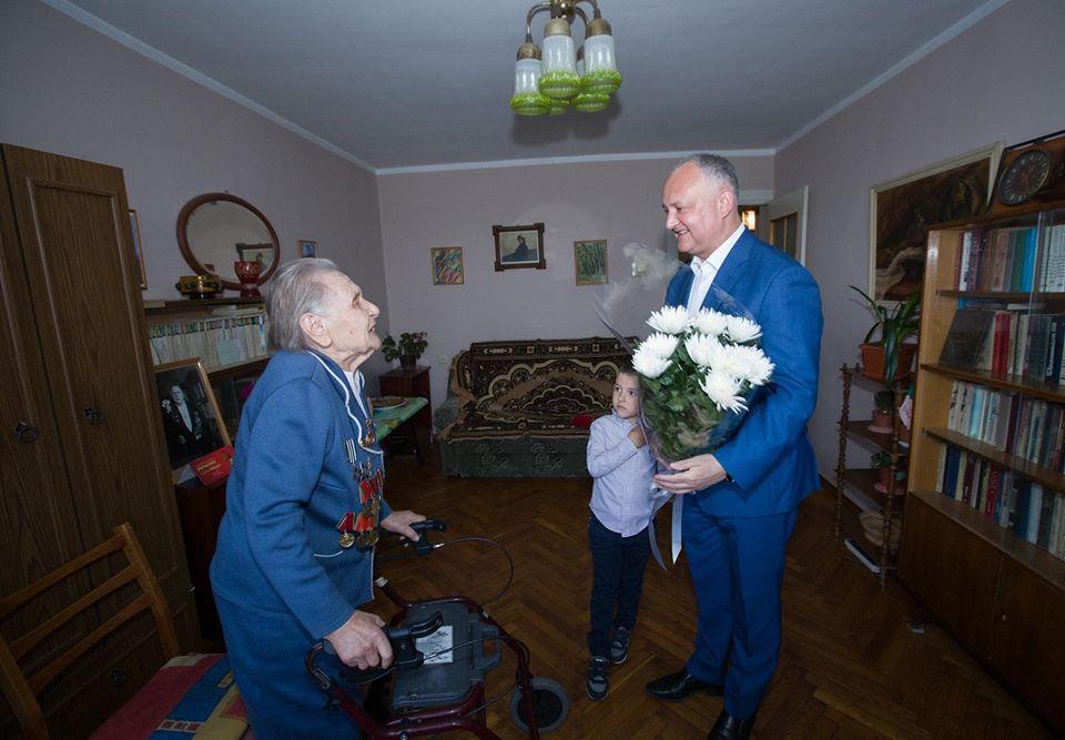 Президент вручил высшую награду Молдовы еще двум ветеранам ВОВ (ФОТО, ВИДЕО)