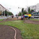 Кишинёв преображается на глазах: полным ходом идут работы по уборке и благоустройству улиц (ФОТО)