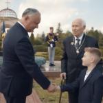 До слёз! Президент опубликовал трогательный ролик ко Дню Победы (ВИДЕО)