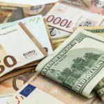 Сколько будут стоить основные валюты в пятницу и выходные