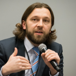 Депутаты Санду против возврата Республиканского стадиона народу: Алайба обратился в КС