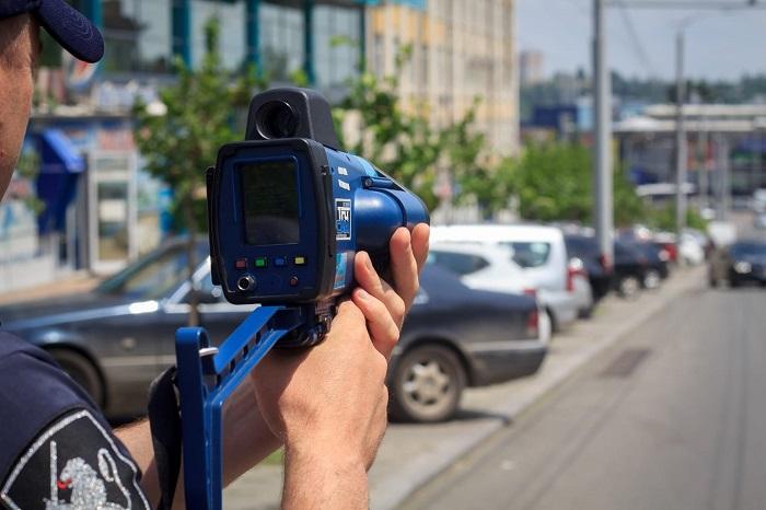 """Где сегодня """"дежурят"""" радары: список трасс и улиц"""