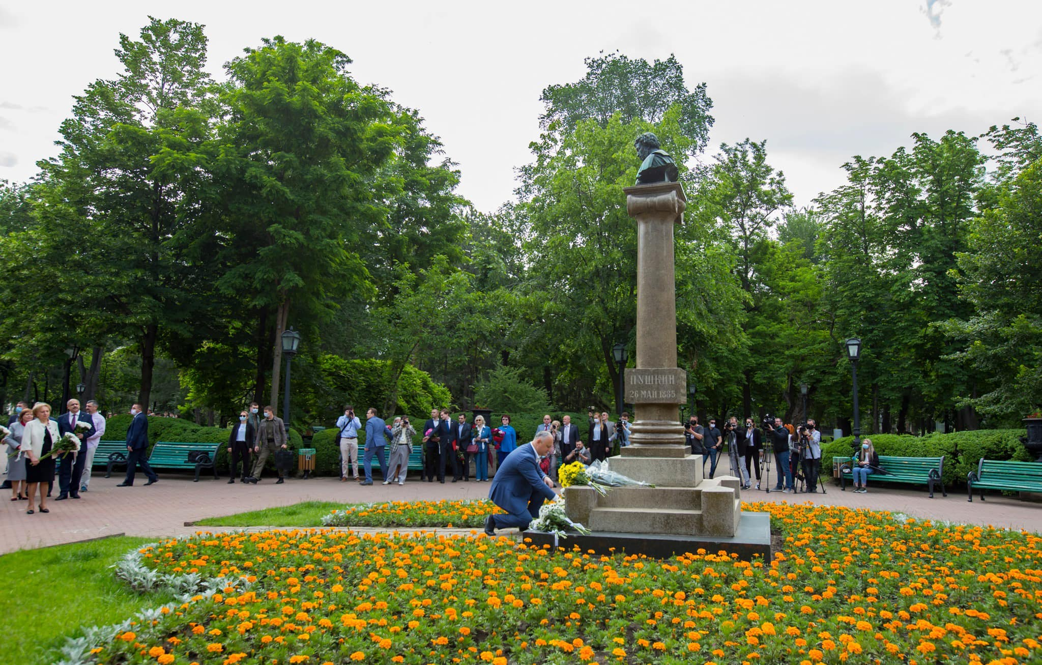 Додон: Пушкин всегда будет символизировать многовековую дружбу между Молдовой и Россией (ФОТО, ВИДЕО)
