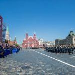Жители страны приветствуют участие молдавских военных в Параде Победы в Москве