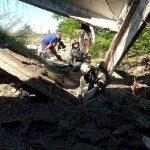 В Вулканештах спасатели освободили мужчину из-под упавшей бетонной плиты (ФОТО)