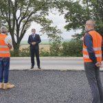 Премьер-министр ознакомился с ходом дорожно-строительных работ